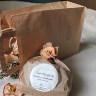 dovanu-maiselis-su-arbata-puostas-dziovintais-augalais