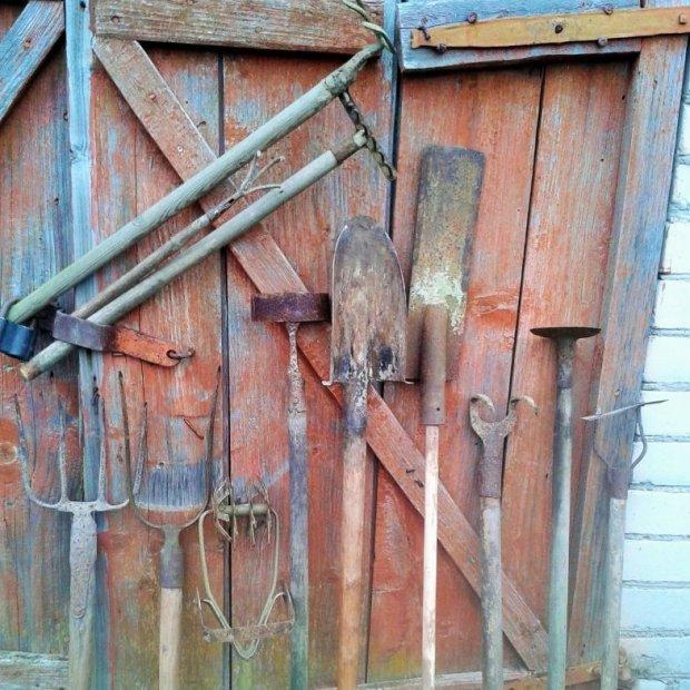 Žemdirbystės įrankių kolekcija